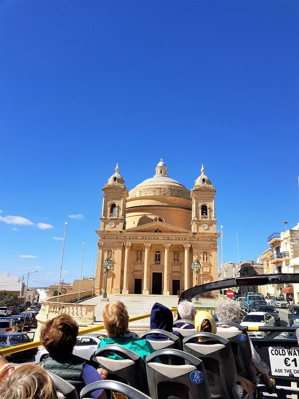 Bus panoramico Malta